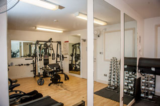 Fully equipped gymnasium at the Strand Foyer