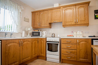 beechwood-court-beechwood-avenue-derry-apex-kitchen