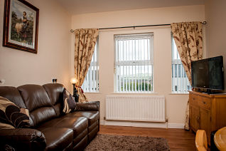 creggmount-desmond-avenue-claudy-apex-livingroom